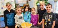 Grundy Avenue Students Bake Pumpkin Bread photo